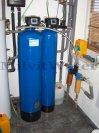 """Zvýšení pH filtrem R60pH a odstranění železa filtrem A100D G1"""" s dávkovacím čerpadlem - Třeboň"""