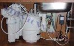 Odstranění dusičnanů, chloridů a tvrdosti vody reverzní osmózou - ilustrační foto
