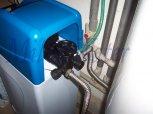 Změkčení vody a odstranění železa ve dvou rodinných domech filtry A 35 K kabinet- Býchory