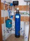 Odstranění železa a manganu změkčovacím a odželezňovacím poloautomatickým filtrem PA 25 K - Černíny